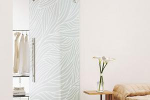 Frameless Glass Door Swirl Etched gallery image 3